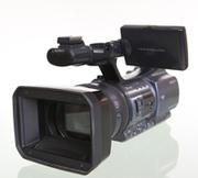 Cрочно продам видеокамеру Sony DCR-VX2200