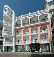 Незабываемый отдых в Крыму в 8-ми метрах от моря в отеле Санта Барбара